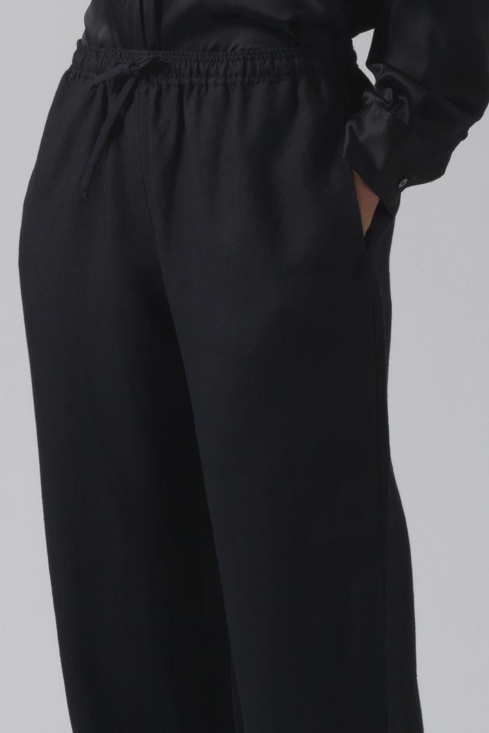 Lucia black linen trousers