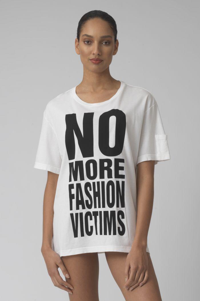 NO MORE FASHION VICTIMS WHITE ORGANIC COTTON T-SHIRT