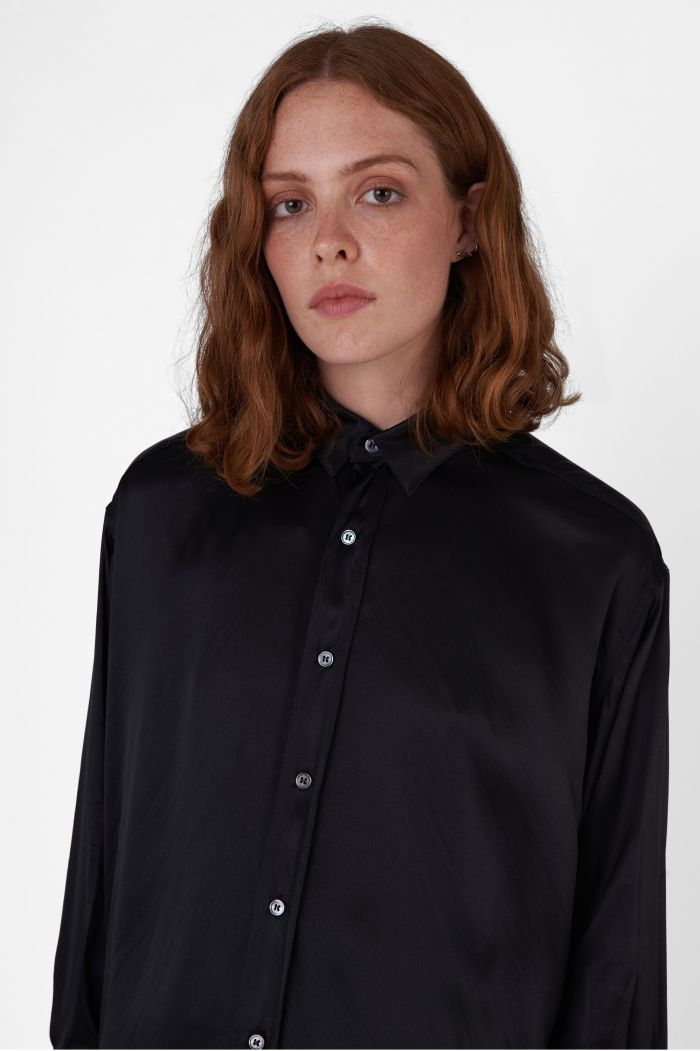 Nicola Silk Satin black oversized Shirt