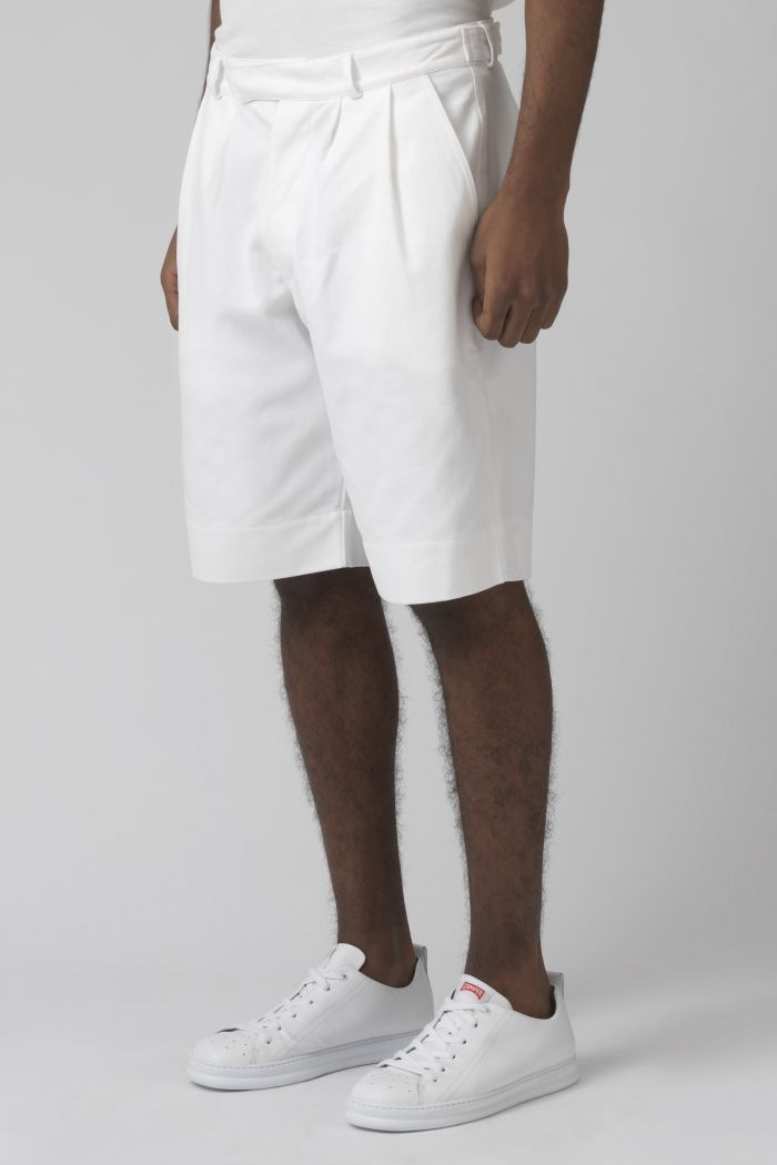 Cedric white organic cotton shorts