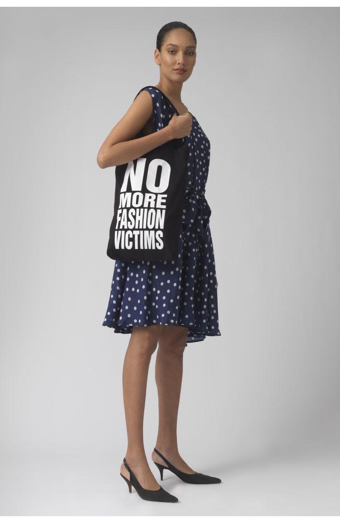 NO MORE FASHION VICTIMS BLACK Organic cotton bag