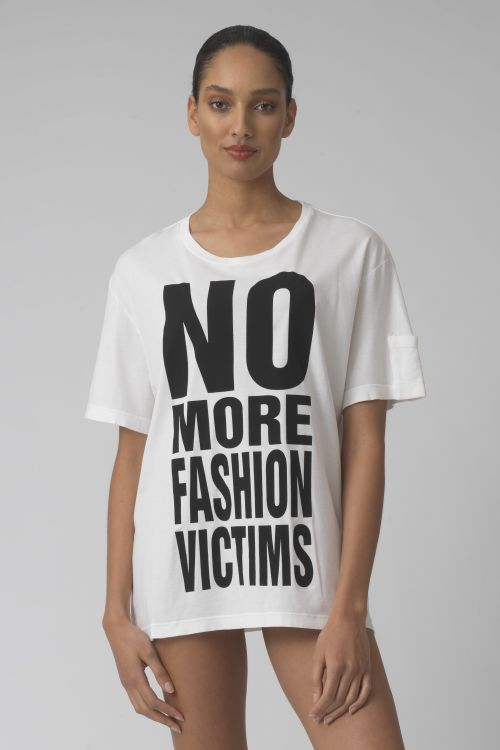 NO MORE FASHION VICTIMS WHITE ORGANIC COTTON T-SHIRT