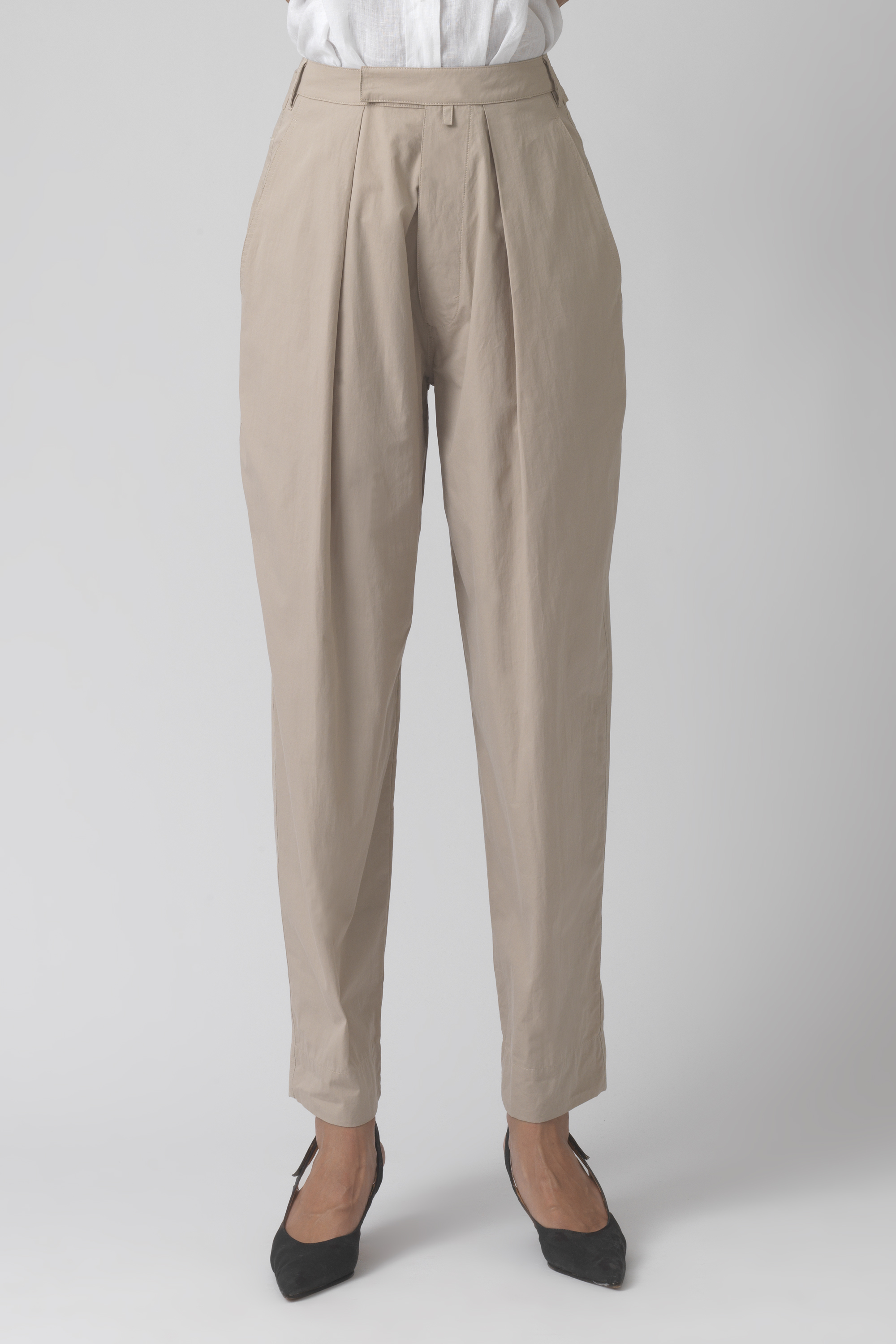 Bonnie sand organic cotton trousers
